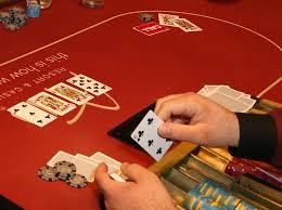 Haruskah Bertaruh di Situs Poker QQ Online